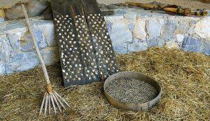 Threshing tools